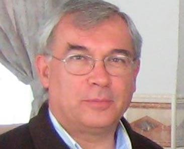Arturo Fuentes