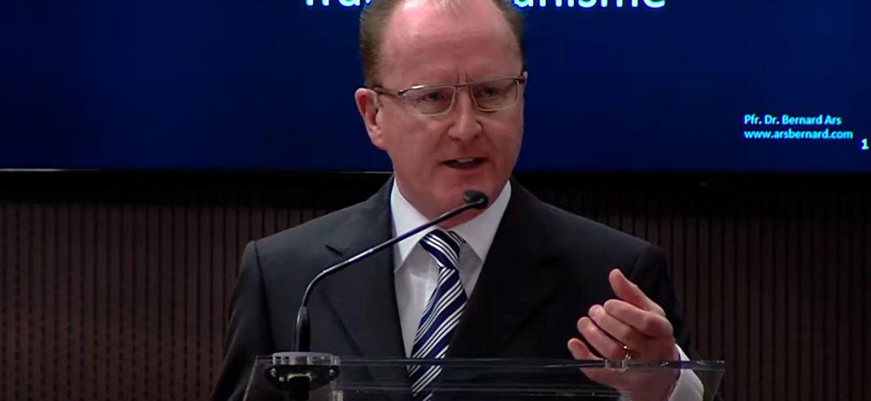 El Dr. Bernard Ars nuevo presidente de FIAMC